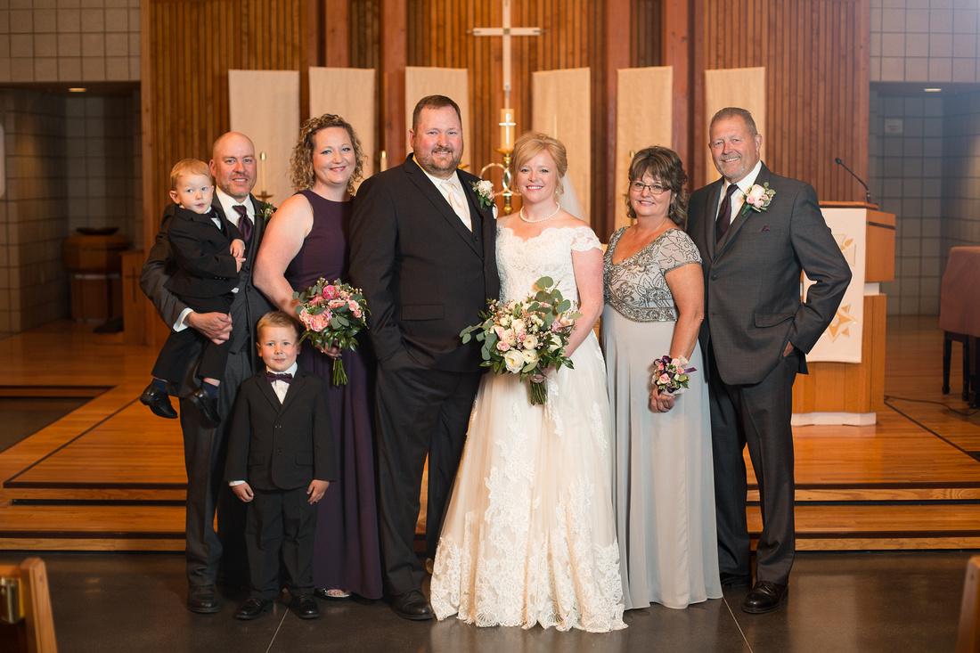 WaconiaMN_WeddingPhotographer_43