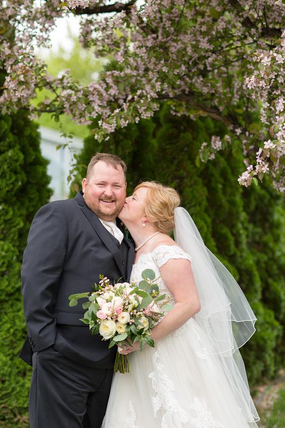 WaconiaMN_WeddingPhotographer_24