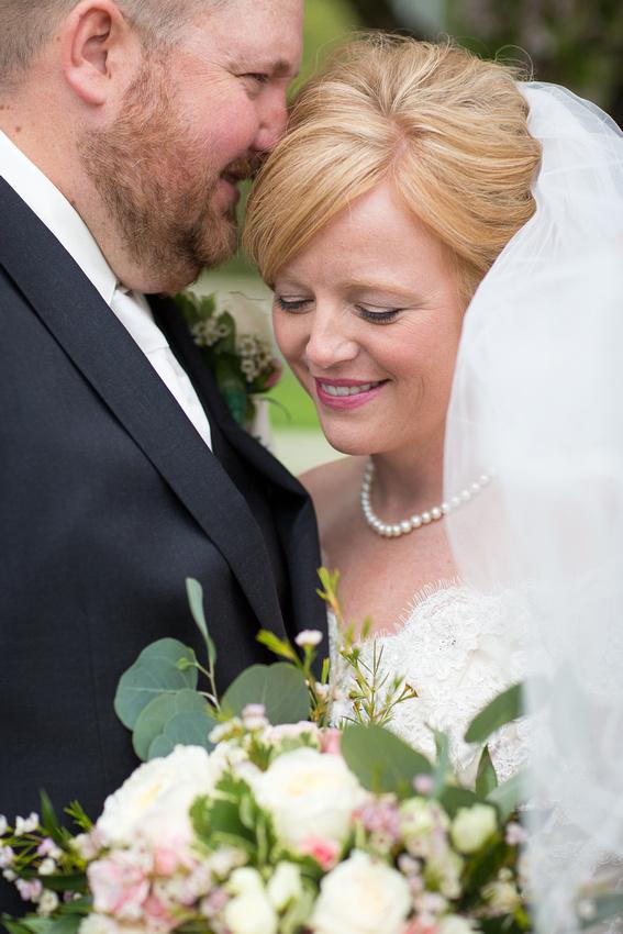 WaconiaMN_WeddingPhotographer_26
