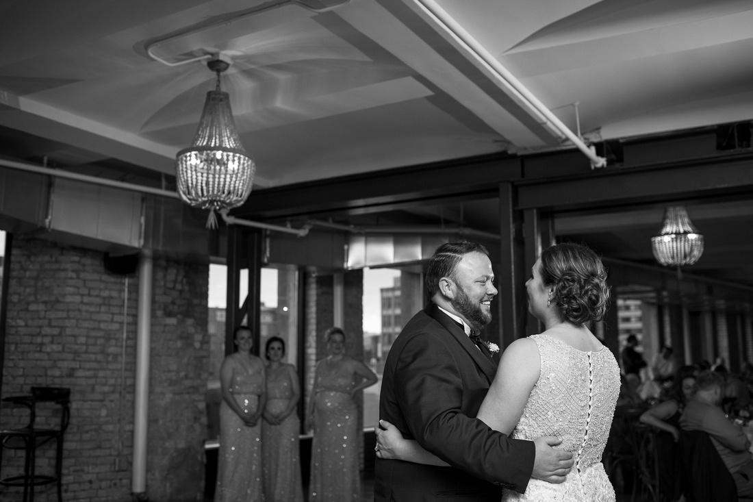 MinneapolisMN_WeddingPhotographer__104