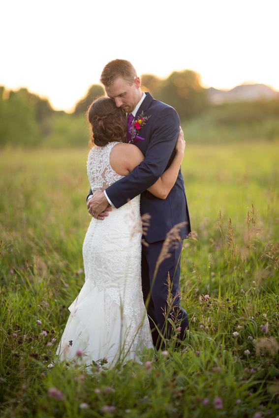 WaconiaMN_WeddingPhotographer_122