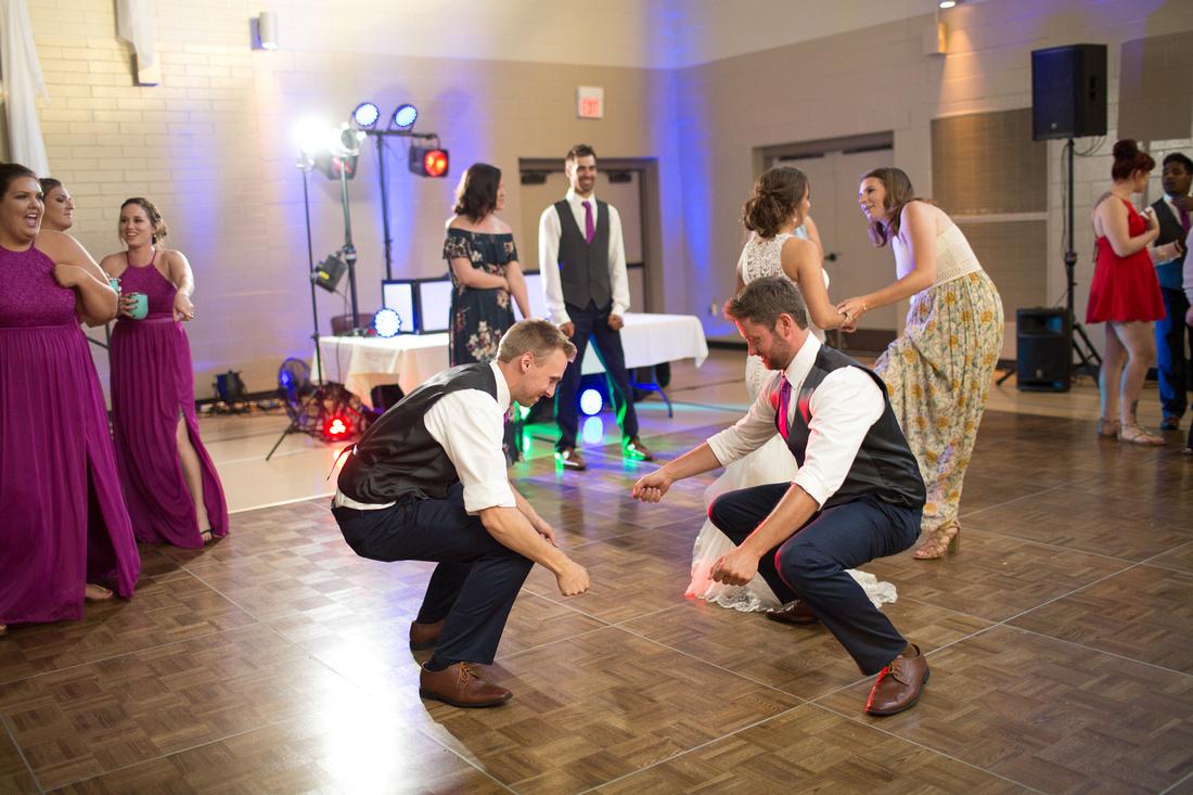WaconiaMN_WeddingPhotographer_110