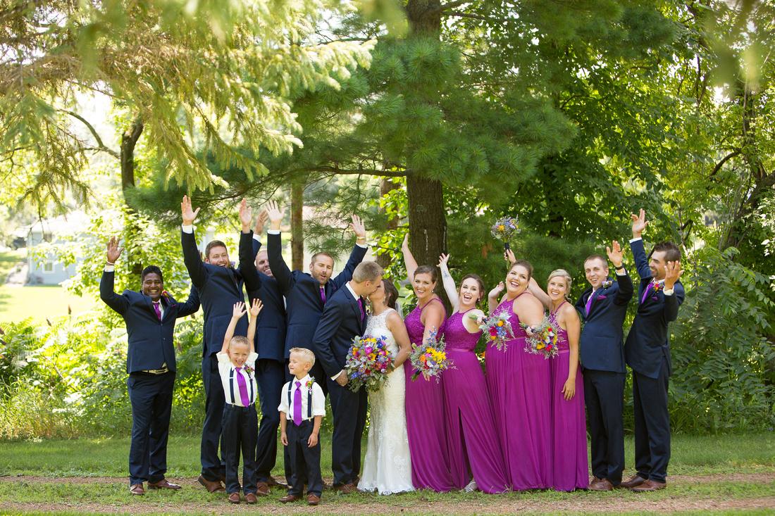 WaconiaMN_WeddingPhotographer_47