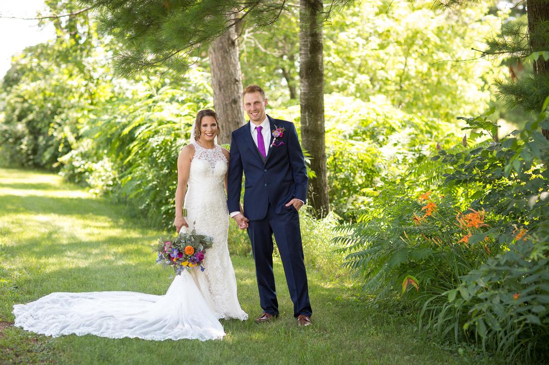 WaconiaMN_WeddingPhotographer_27