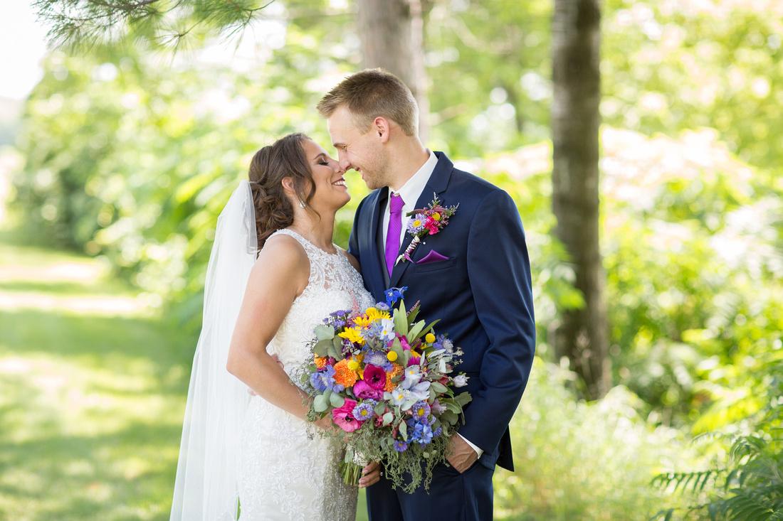 WaconiaMN_WeddingPhotographer_25