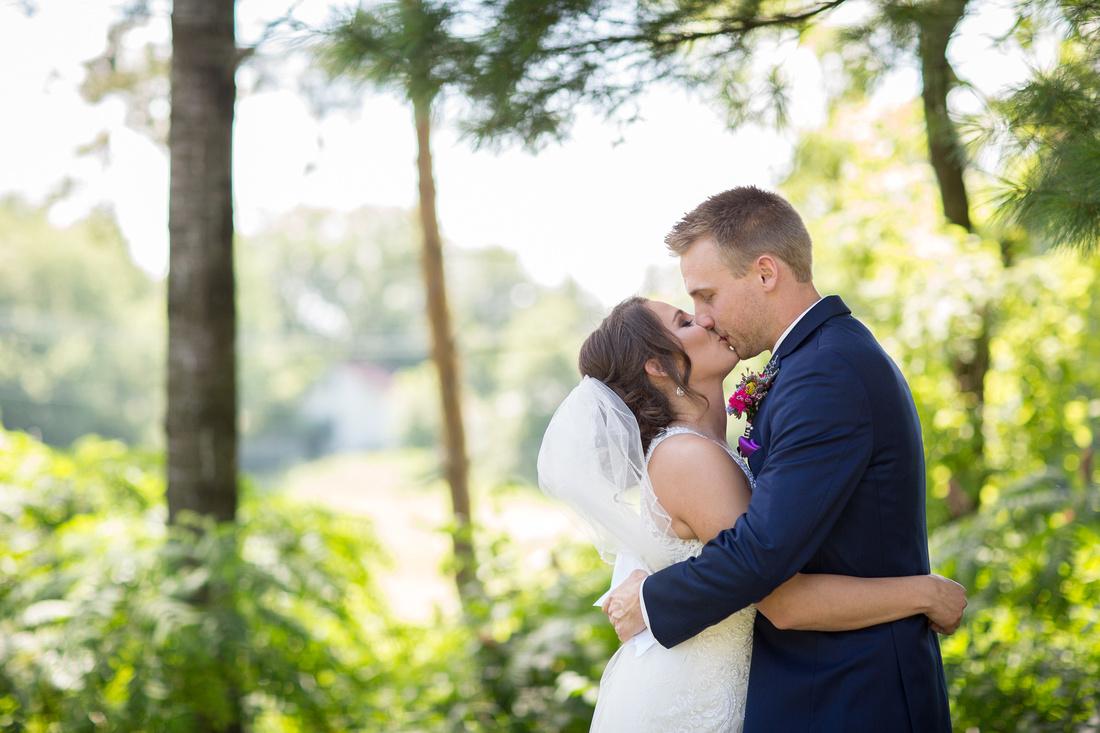 WaconiaMN_WeddingPhotographer_22